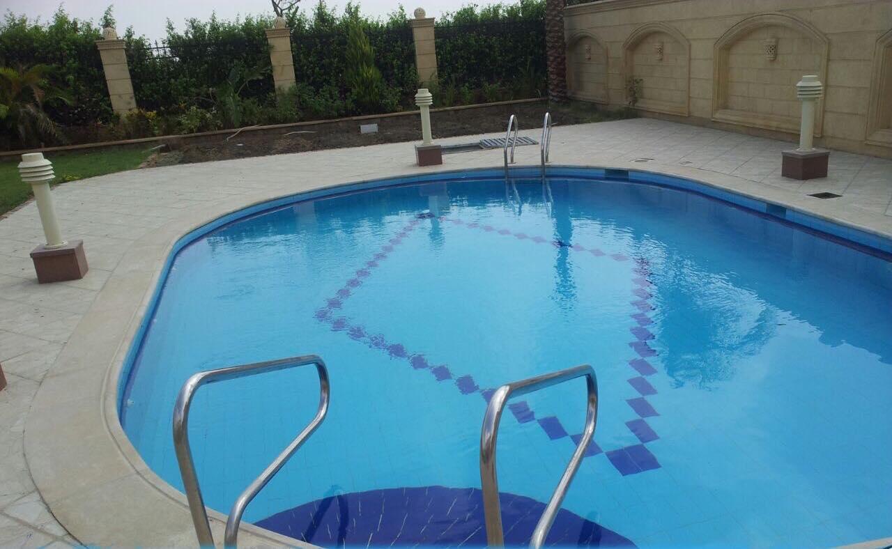 انواع العزل لحمامات السباحة