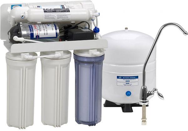 أجهزة تنقية المياه المنزلية