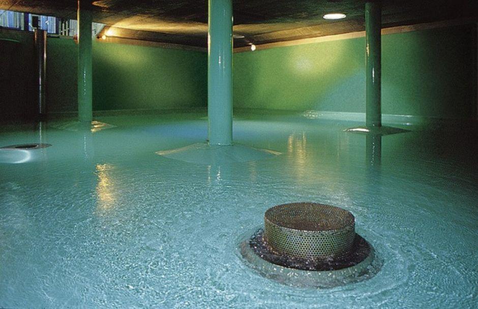 مواد تعقيم خزانات المياه